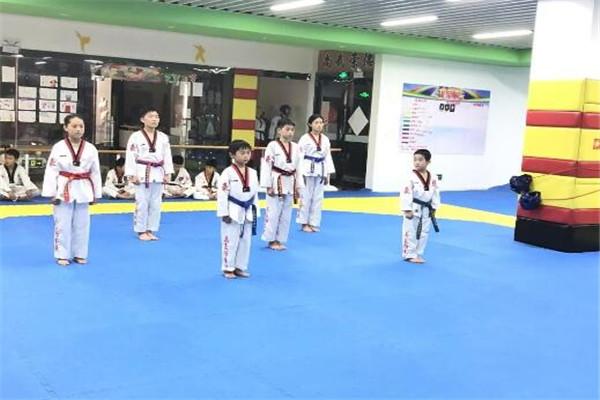 林轩跆拳道馆教育
