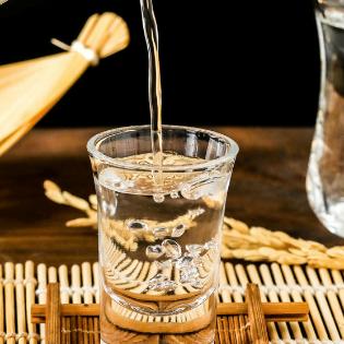 玉山高粱酒健康