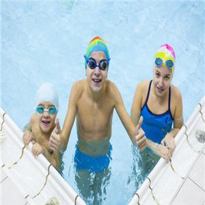 泡泡龍兒童游泳館