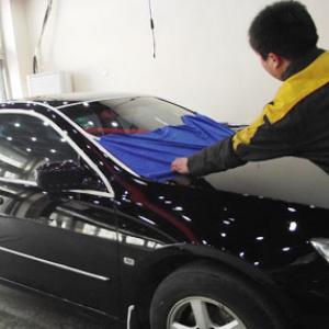 新焦点汽车美容擦洗