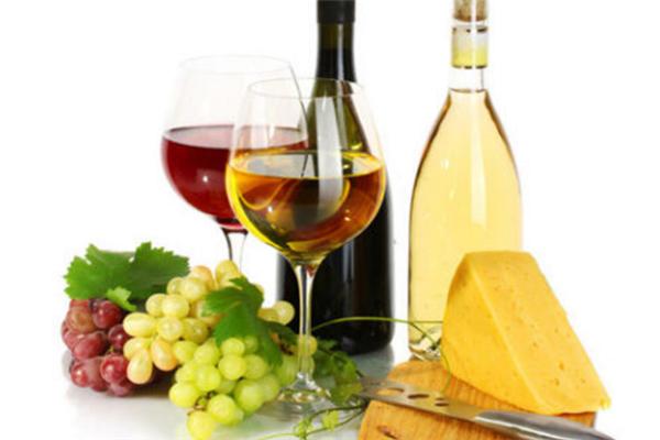 味美思葡萄酒风味