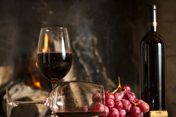 曼克根葡萄酒酒瓶