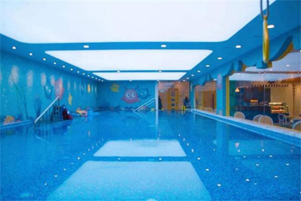 泡泡龍兒童游泳館-干凈