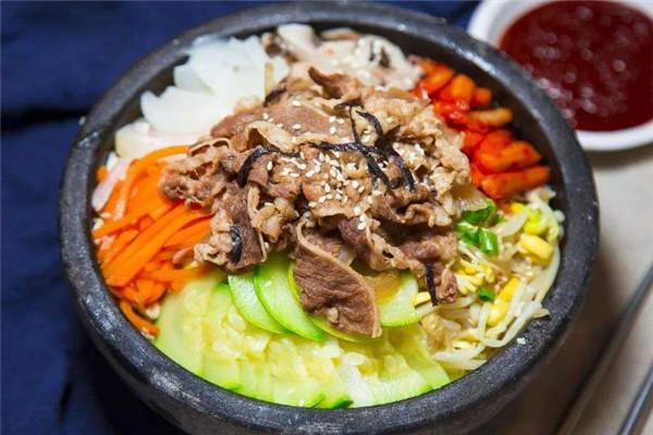 美石记石锅拌饭,三大特色,千家门店,多重优势助您创业