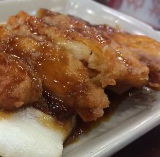 上海特色小吃店肉塊
