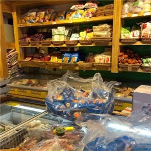 锅等等火锅食材超市陈列