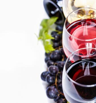 黑皮诺红酒鲜美