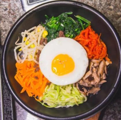 小白家韩式料理石锅拌饭