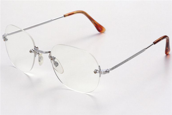 久川睛匠眼镜方便