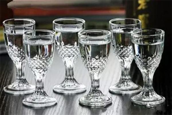 五粮情白酒服务