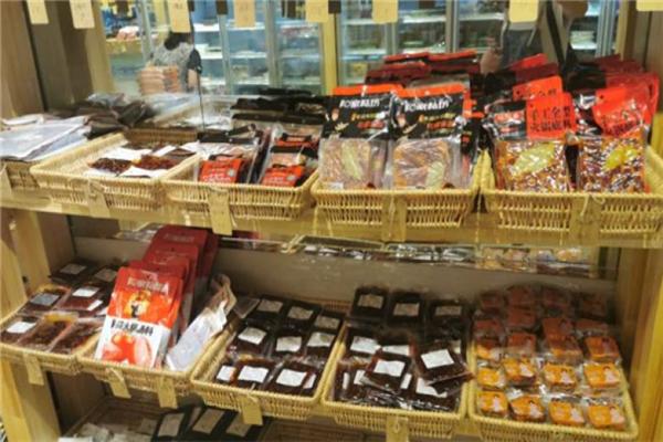 锅等等火锅食材超市展示