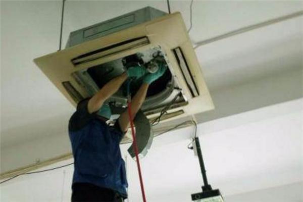 奥克斯中央空调清洗负责