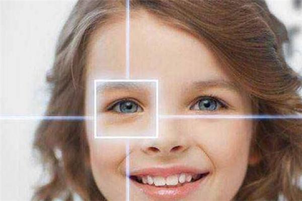初见视力养护中心负责