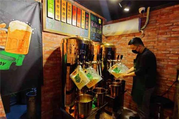 叁金叁精酿啤酒环境