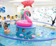 马博士婴儿游泳馆